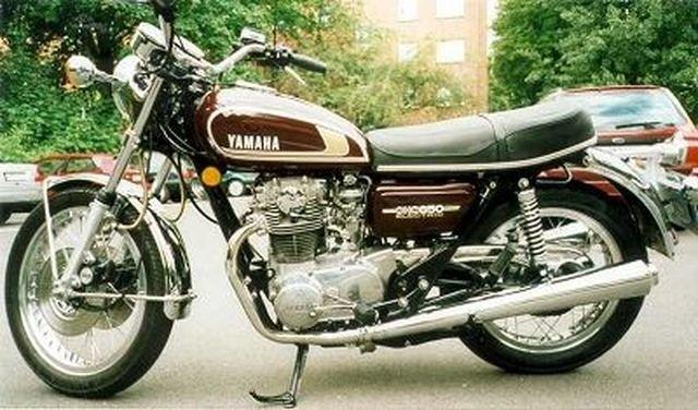 moto yamaha annee 1970